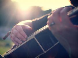 Afbeelding behorende bij Liedbegeleiding gitaar