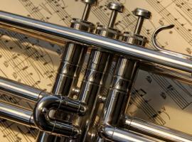 Afbeelding behorende bij Muziekvereniging Sempre Crescendo | Divers repertoire: van Abba tot Soldaat van Oranje