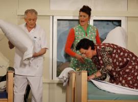 Afbeelding behorende bij Toneelvereniging De Rhederijkers | Van komedie tot drama, theatertraining en cursussen